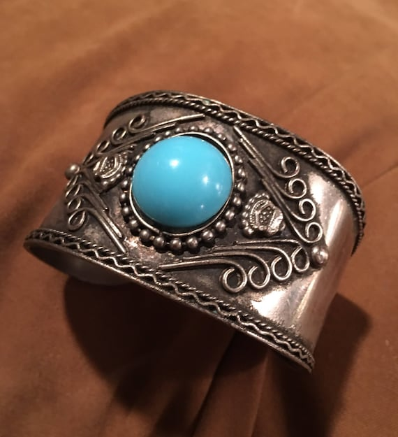 Big Boho Vintage Southwestern Tribal Boho Cowgirl Faux Turquoise Antiqued Silvertone Cuff Bracelet