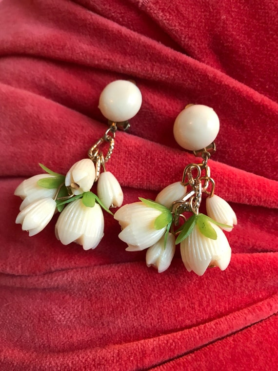 BEAUTIFUL Mid Century 1950s Post War Celluloid Lily FLower Beaded Dangle Earrings signed  HONG KONG