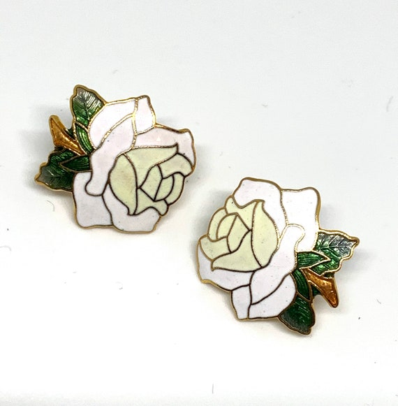 Romantic White Rose Floral Cloisonné Earrings, Unworn Old Stock Clip ons, Vintage Wedding Party