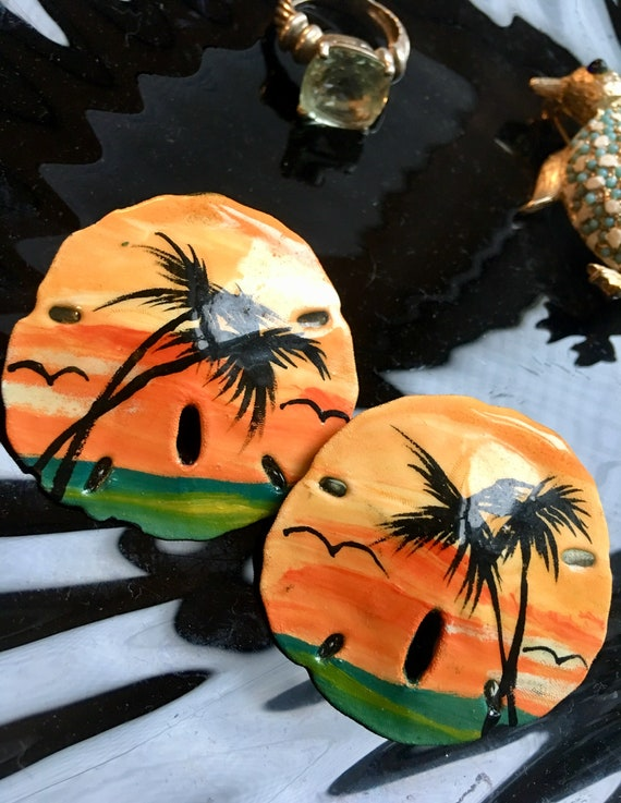 Hand Painted Tropical Island Sunsets on Natural Sand Dollar Sea Shell Artist Signed Earrings, Mid Century 70s Hawaiian Surfer Beach Jewelry