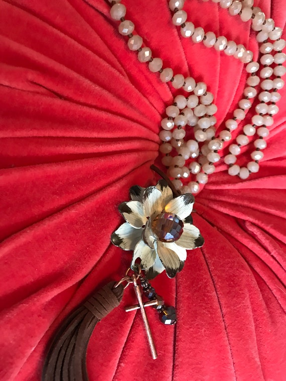 Pretty 90s Glamour Grunge Boho Long Taupe Crystal Beads with Flower Pendant, Charm Necklace of flower cross & tassel