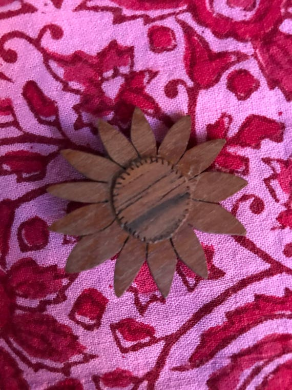 Mid Century Teak Wood Carved Sunflower Daisy Brooch Pin