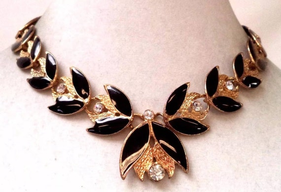 Lovely Estate Vintage Black Enamel on Goldtone With Clear Rhinestones Art Nouveau Floral Style Collar Choker Necklace