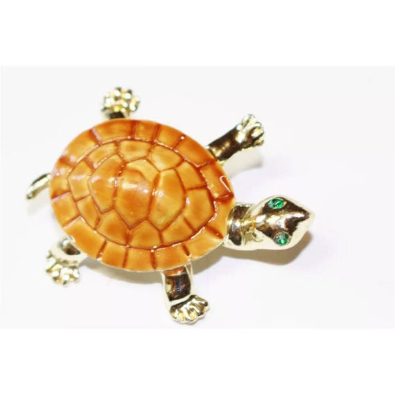 Cute Little unsigned Goldtone & brownish orange enamel Turtle Brooch with Green Rhinestone Gem Eyes enamel pin