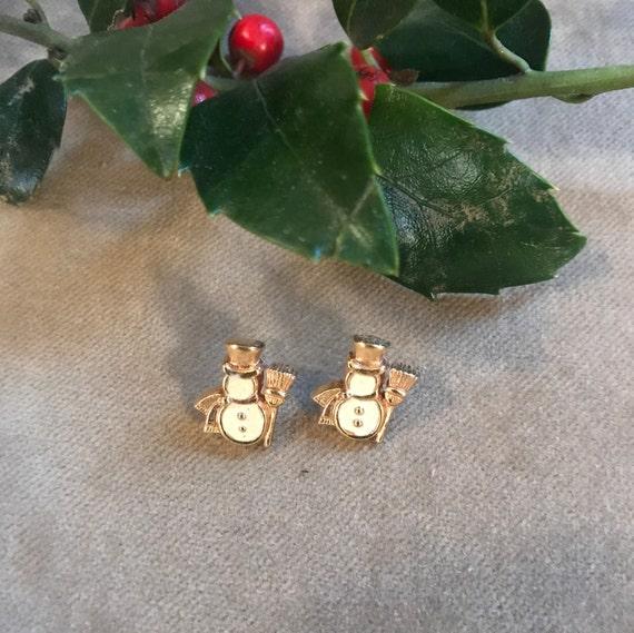 Little Snowman Earrings In Vanilla Enamel & Goldtone Post Backs so CUTE!