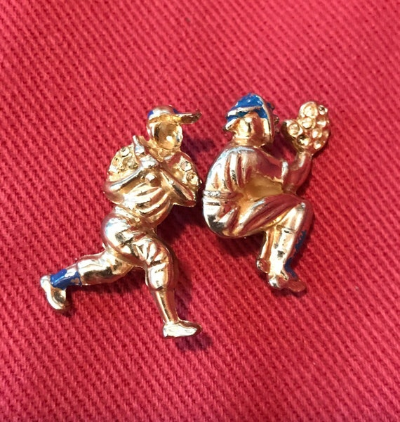 Two Really Old Baseball Player Scatter Pins Goldtone with Blue enamel Missing Rhinestones Broken Bat Batter & Catcher AS IS