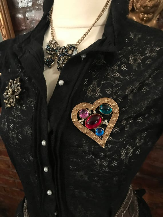 Valentine be mine Large Vintage  80s 90s Goldtone & Rainbow Lucite Gem Jewels  Etruscan Heart Brooch Pin