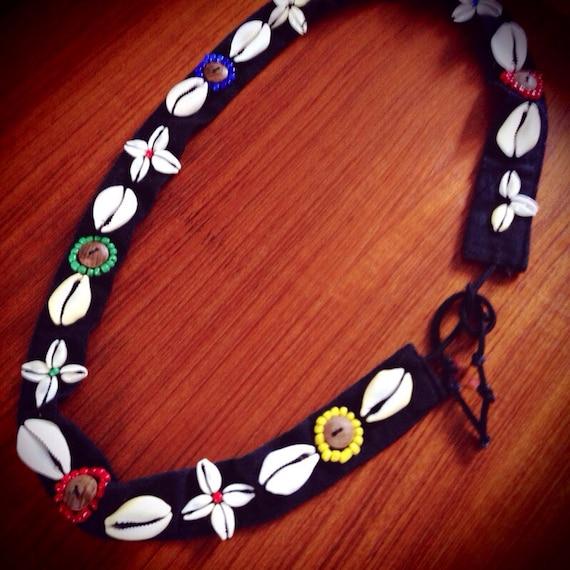 VIntage summer sea shells & beaded black fabric tie belt