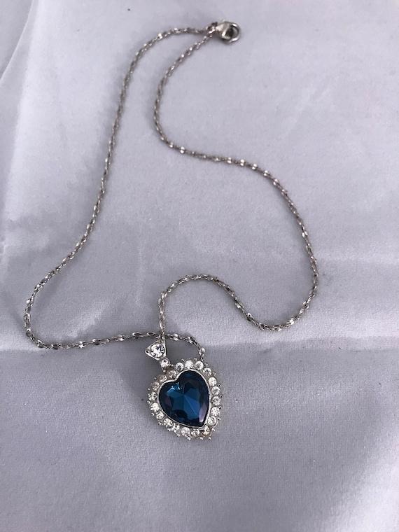 Avon Rhinestone Sweetheart Necklace with Stunning Sapphire Blue Crystal Heart Gem Center