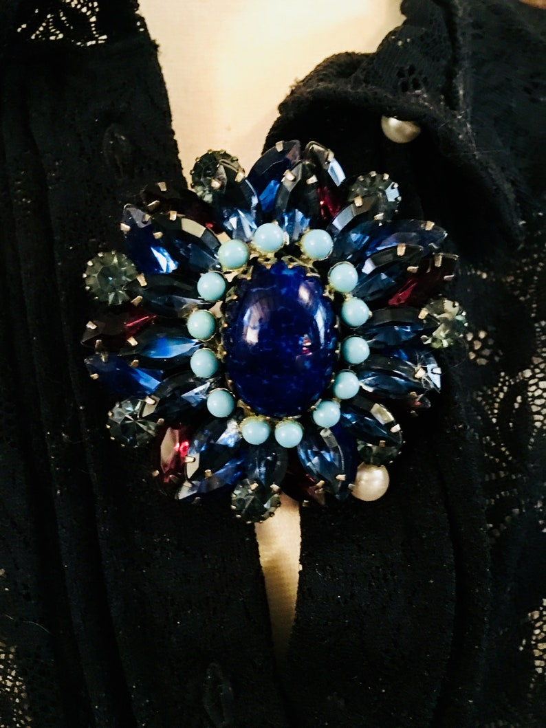 Signed ALICE CAVINESS Designer Purple and Blue Rhinestone Glass Gems /& Faux Lapis with Turquoise Cabochon Vintage Brooch Pin