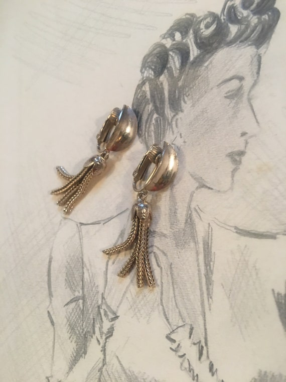 Early Mid Century Goldtone Chain Tassel Dangle Clip on Earrings