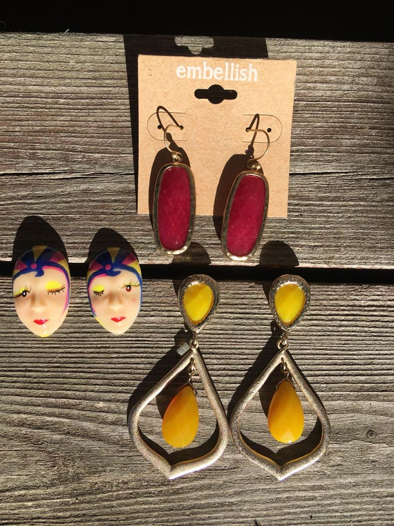 3 Really Colorful fun Pairs of 90's Lucite Earrings Gypsy Lady Faces and Yellow & Magenta Dangles Mint Condition Great Value