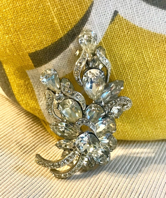 Exquisite Hollywood Regency Sparkling Ice Cyrstal Rhinestone Vintage Brooch, Fancy Cocktail Party Jewelry, Ladies that Lunch AB FAB Pin