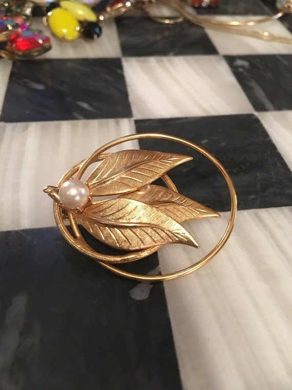 Mid Century Golden Leaf & Pearl Brooch