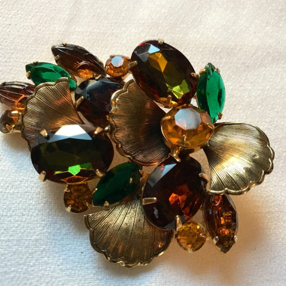 Colorful Julliana Rhinestone Brooch Autumn Leaves with vaseline or Watermelon rainbow Carnival Glass effect in some Stones