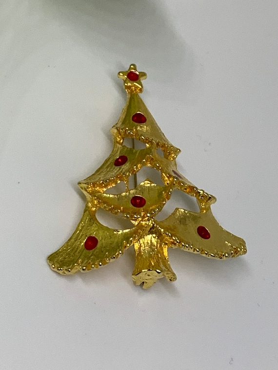 Golden Christmas Tree Pin with Red Enamel Balls,  Holiday Vintage Brooch