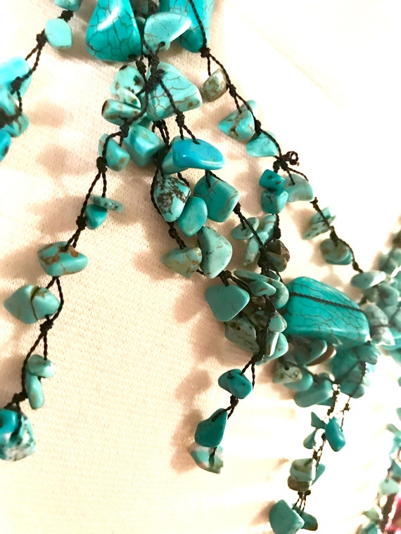 Artsy Handmade Turquoise Blue Pollished Stone on Black Thread Dangly Drippy 90s Boho Glamour Grunge Funky Nakamol Statement Necklace