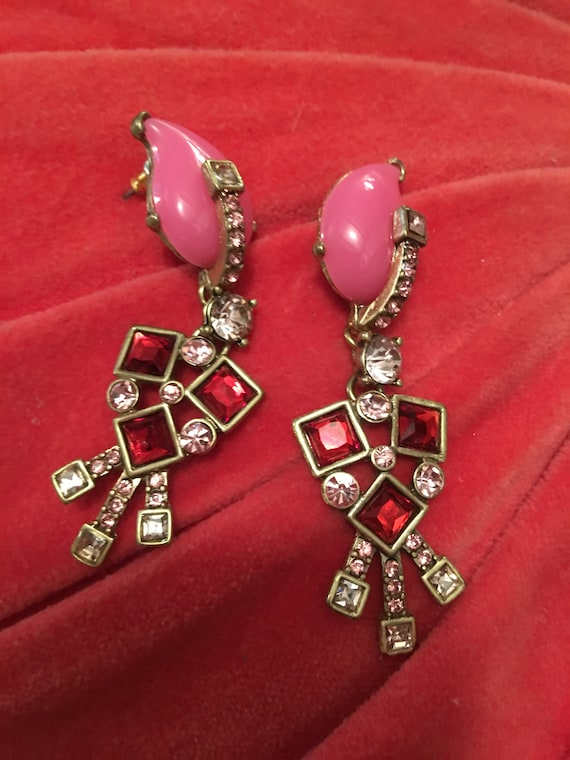 Remarkable OSCAR De La RENTA Contemporary Gothic Art Deco Hot Pink Resin with Red & Ice Crystal Runway Fashion Statement Earrings