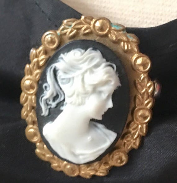 Victorian Revival Black & White Cameo in goldtone scroll work  framing Vintage Brooch Pin