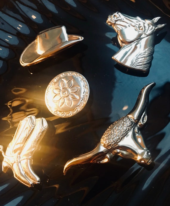 A Set of 5 Silvertone Cowboy Themed 80s Hipster Southwestern Button Covers