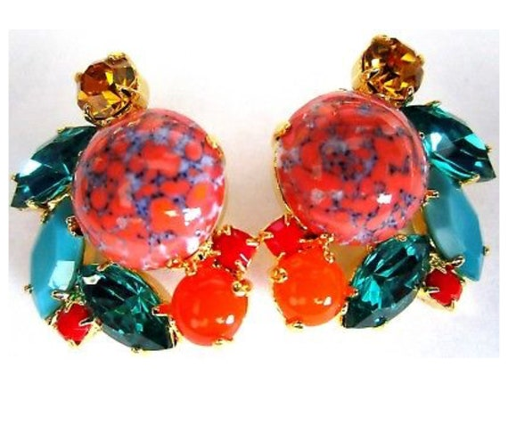 Palm Beach Style Coral Cab & Teal Blue Green Rhinestones Resort Fashion  Clip on Earrings, trending 90s Costume Jewelry
