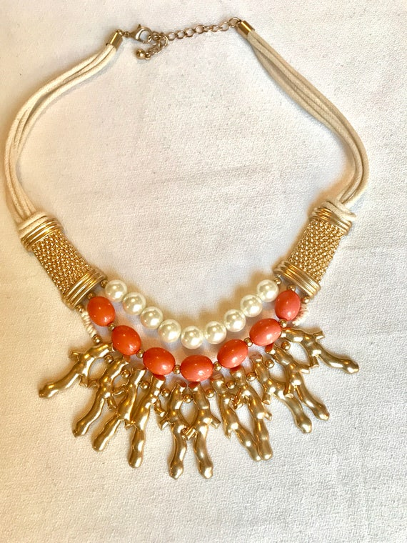 Sexy Miami Palm Beach Hamptons Salmon Coral Resin Bead & Creamy Faux Pearl Golden Branch 90's Big Bold Bling Bib Necklace! Unworn