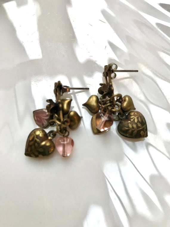 Pretty delicate romantic Dangle Earrings of bronze goldtone & pink crystal Heart charms  and tiny Rhinestone Flowers