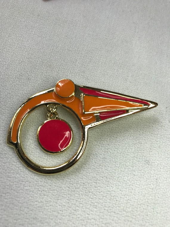 Abstract Modern Pink & Orange Enamel 80's Vintage Goldtone Pop Mtv Generational Pin