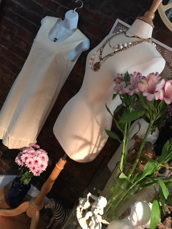 Vintage Prada White Cotton Ruffle Hemmed Sheath M… - image 5