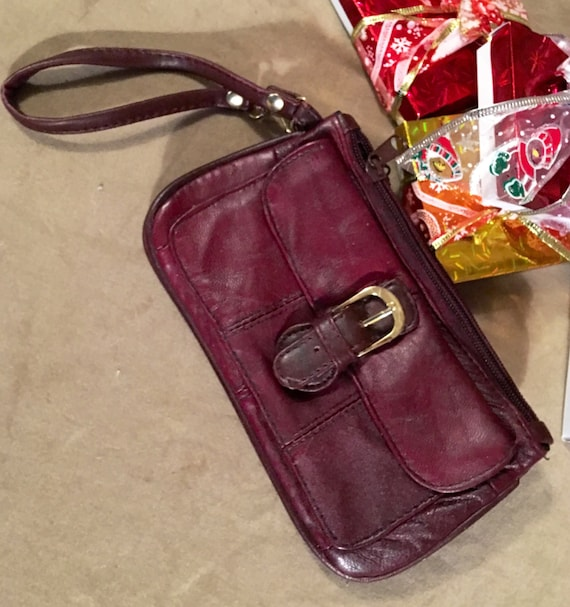 Vintage burgandy brown quilted leather wristlet with 4 zippered & buckled compartments Boho chic 70's or 80's