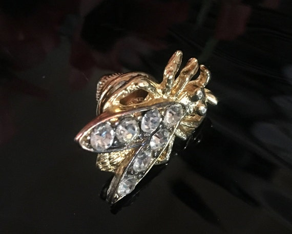 Vintage Rhinestone Fly or Bee Tack Pin, Unisex Lapel Pin,Goldtone  Insect Tie Tack, Bug Pin