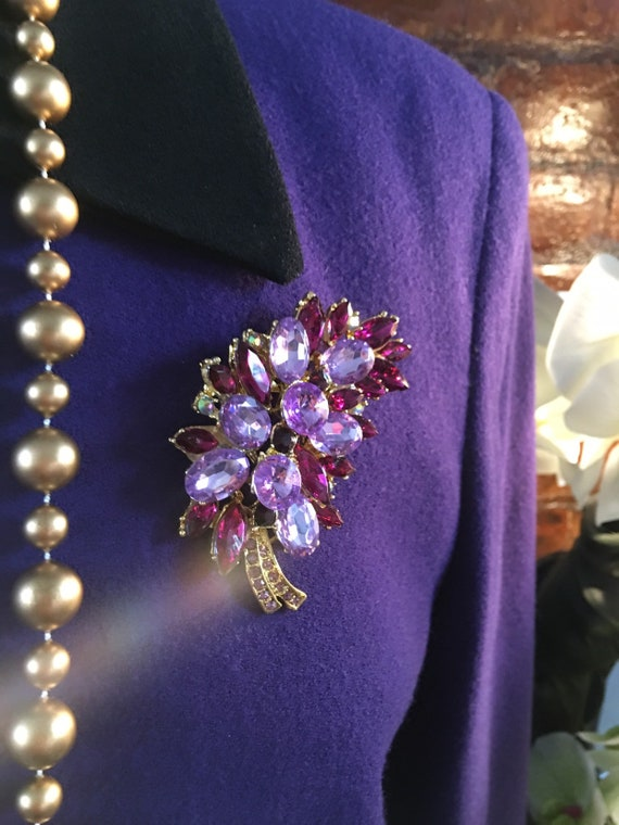 Beautiful Grape & Lavender Golden Frong Pin, Ornate Purple Rhinestone Vintage Brooch, now Trending Unisex Lapel Pin, Corsage or Boutonniere