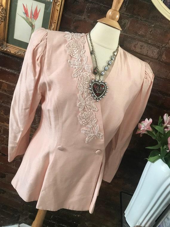 Awesome 80s Vintage pink Peplum Jacket with straight skirt, Girlie Bladerunner Vintage Suit