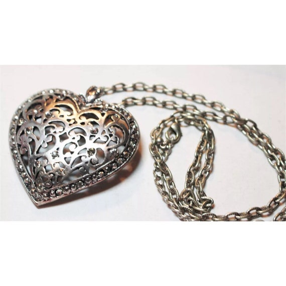 Large brushhed Silvertone heart pendant necklace with pretty decorative cut outs