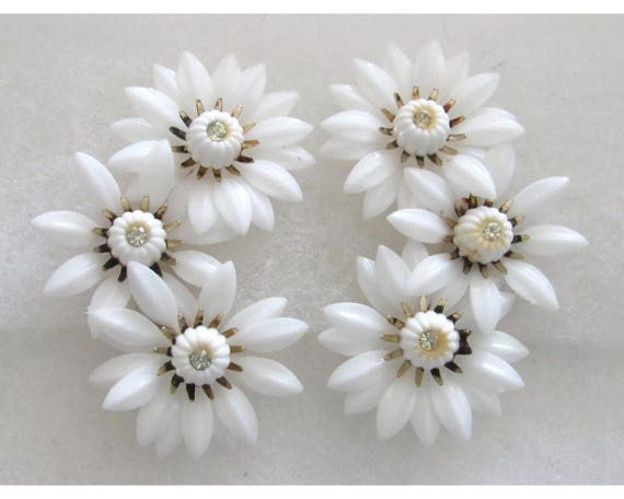 Vintage signed Coro Large White Plastic & Rhinestones Triple Daisy Flower Clip on Earrings stunning Summery Jewelry