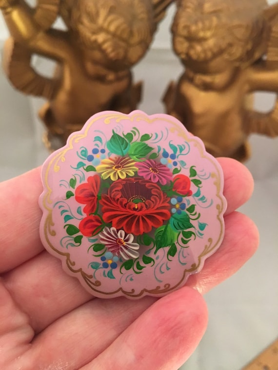 Russian Zhostovo Rose Floral on Lavender Purple Russian Lacquered Enamel hand painted Dainty Floral Bouquet Signed wooden Brooch