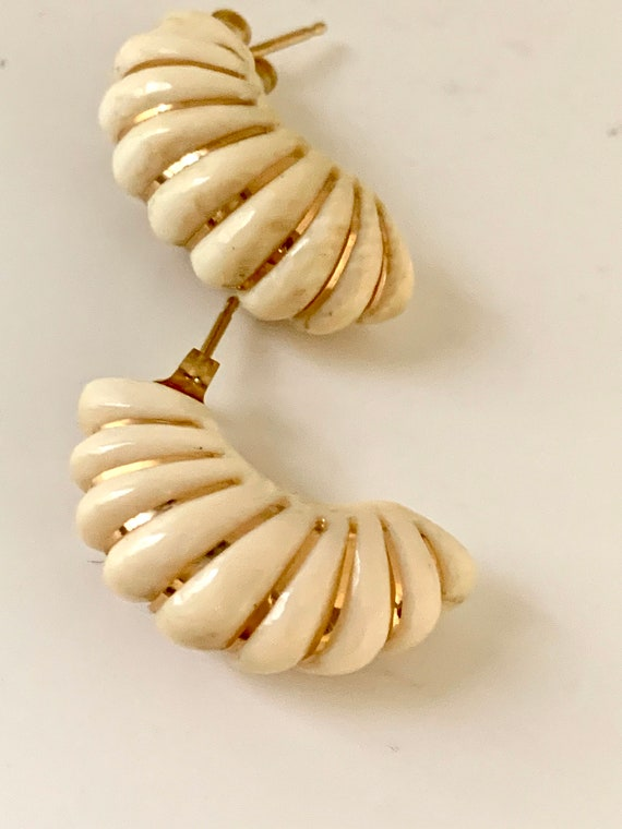 Faux Ivory Mid-Century Demi Hoops, Modernist Tribal Vintage Earrings