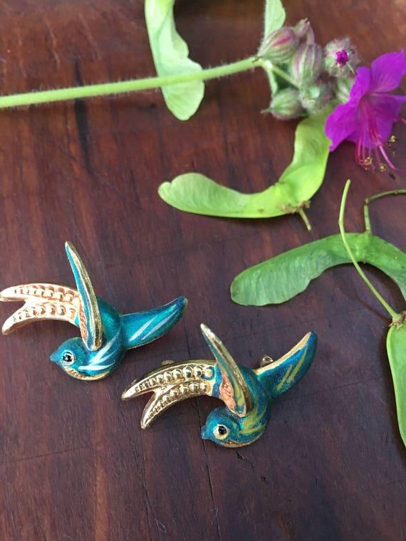 Beautiful Pair of Rare Vintage Made in Korea Mini Brooch Pin Blue Birds Figural Animals so Cute & tiny