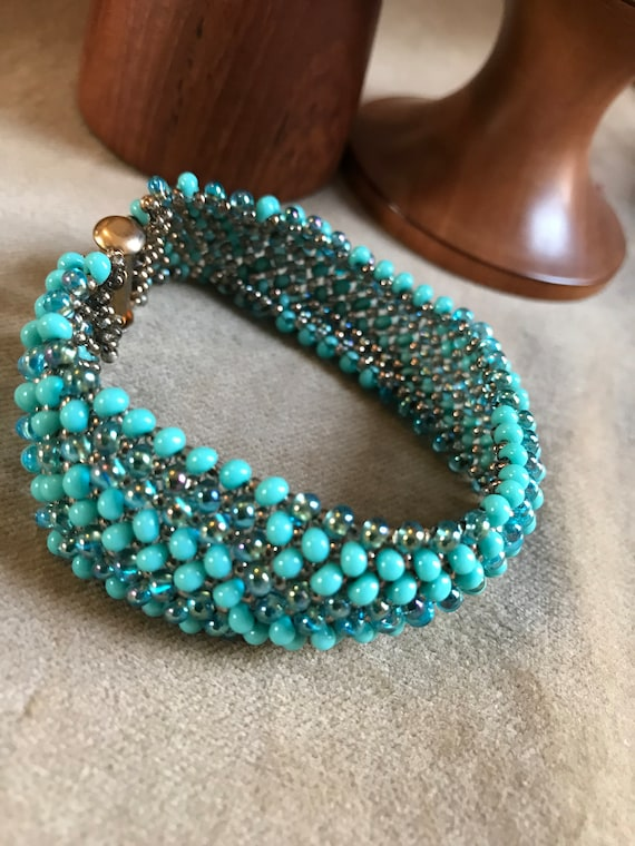 Nice Turquoise Beaded Boho Cuff with Goldtone Clasp, Gypsy Cowgirl Bracelet, Hip 90s Southwestern fashion Jewelry