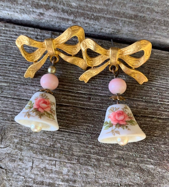 Dainty Pink Flower Dangles, Floral Transfer on Porcelain Bells Dangling from Golden Bow Post Earrings, Cutsey 70s Vintage