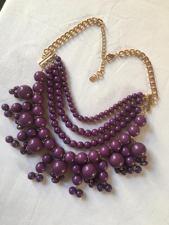 Trending Vintage Purple Plastic Beaded Bib Style Statement Necklace
