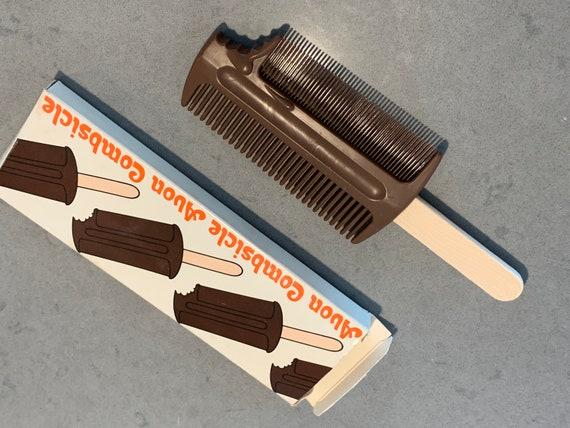 RARE AVON COMBSICLE VIntage 70s Hipster Pop Art Fudgesicle Comb, Groovy Handbag Accessory, Fun Hair Grooming