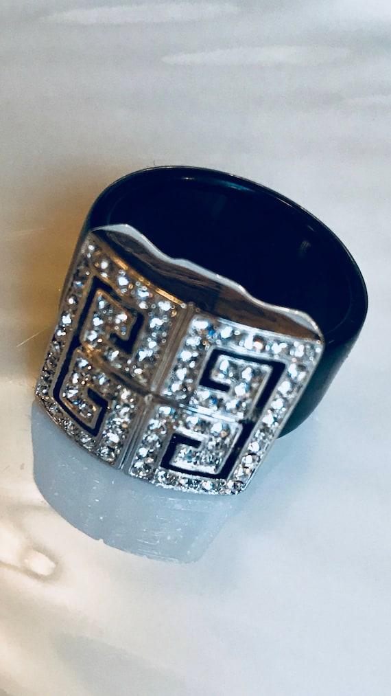 Art Deco Rhinestone Cocktail Ring, Black Lucite &