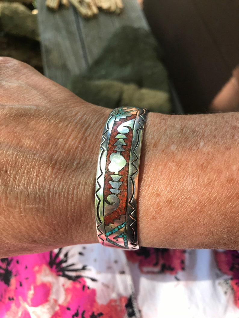 Native American Southwestern Chip Inlay Silver Heart Cuff Bracelet Signed G