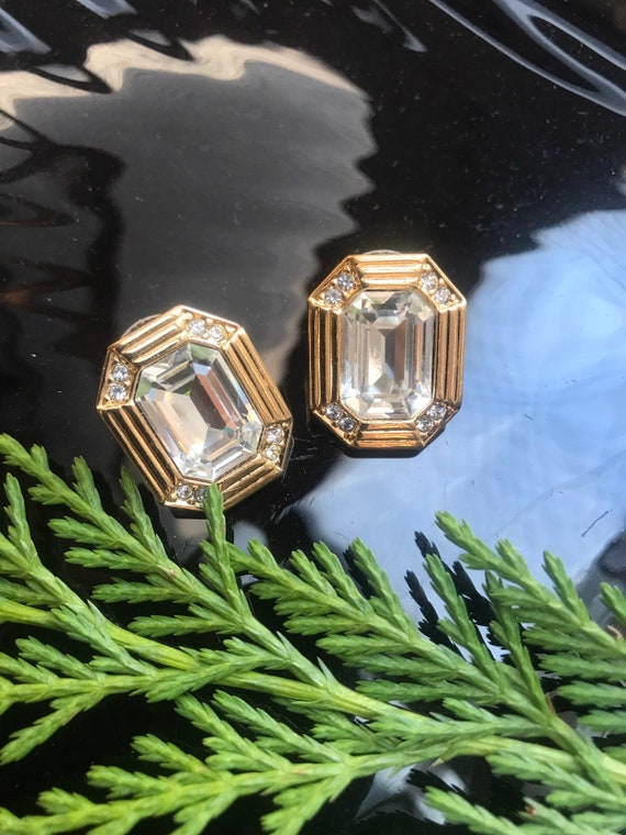 Awesome 80s Art Deco revival Clear Gem & Ice Rhinestone Elegant Goldtone Rectangular Octagon Post Earrings