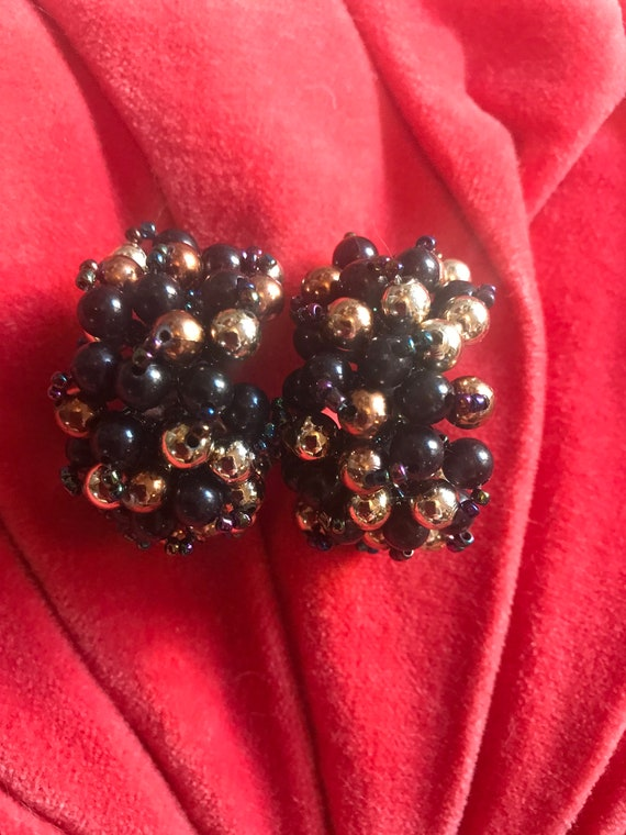 Large Black and Gold Beaded Demi Hoop Earrings, Mid Century Plastic Cluster Bead Earrings, 50s costume jewelry, Cha Cha, great with Tan,