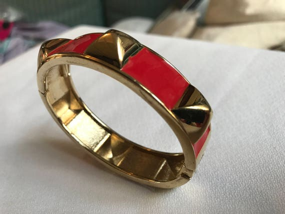 Chic Punky Vintage Red Enamel & Goldtone Studded Hip Clamper Bracelet