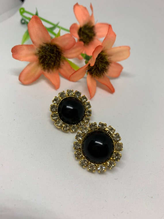 Bling Treat! 20 Dollar goodie, A nicely gifted vintage sustainable Black Cabochon & Rhinestones Post Statement Earrings