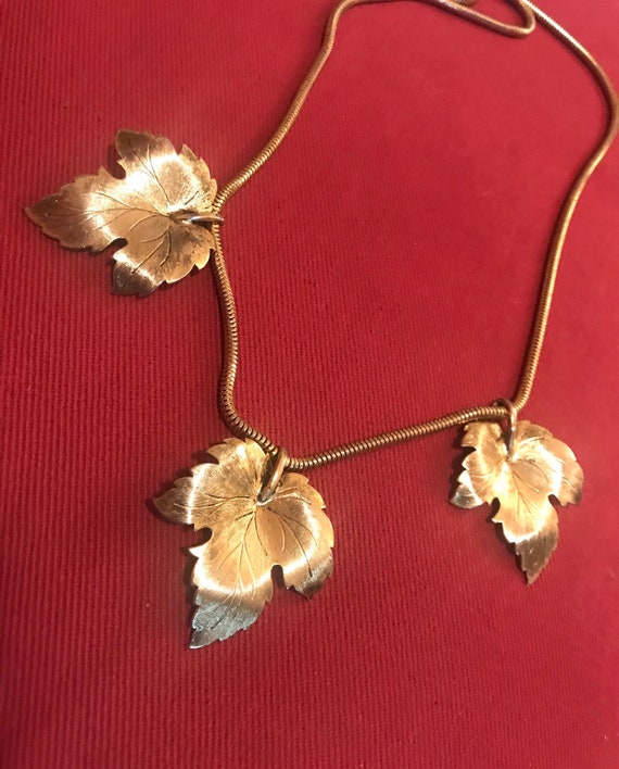 An Elegant Strand of Autumn Goldtone Maple Leaves Mid Century 70's Glamour Snake Chain Necklace