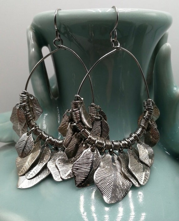 Vintage Boho Gypsy Leaf Fringe Silver Tone Hoop Chandelier Dangles, 90s Glamour Grunge Earrings